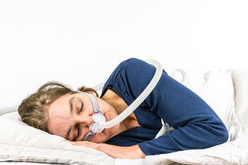 Aparaty CPAP - skuteczna terapia podczas snu