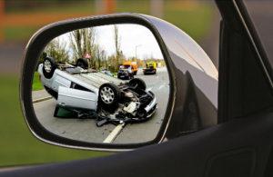 przewrócony-samochód-po-wypadku-może-przez-bezdech-senny