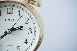 zegar - jeśli masz problemy zesnem, niepatrz ciągle nazegarek